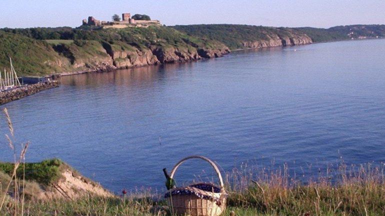 selvom øen ligger midt i Østersøen, rejser du hurtigt til og fra Bornholm