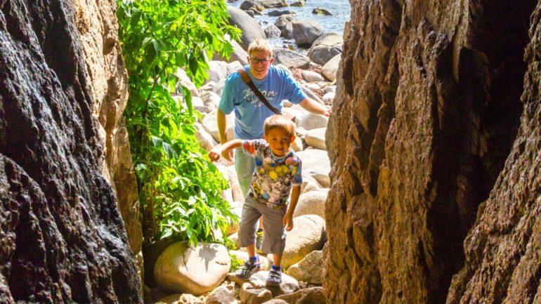 Grotter på Bornholm er skabt til at blive udforsket